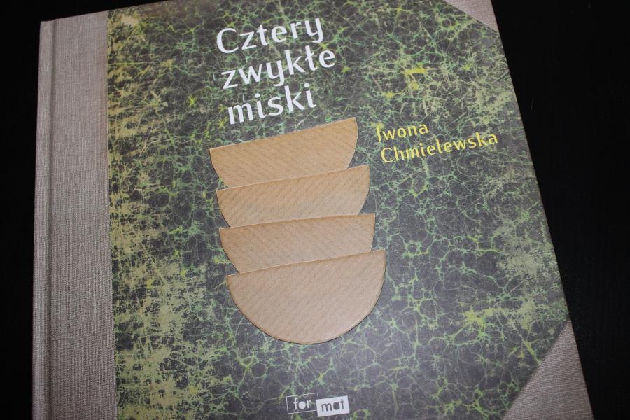 cztery zwykłe miski Iwona Chmielewska